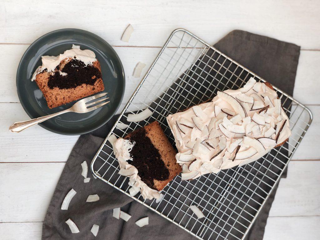 Veganer Kokos-Marmorkuchen