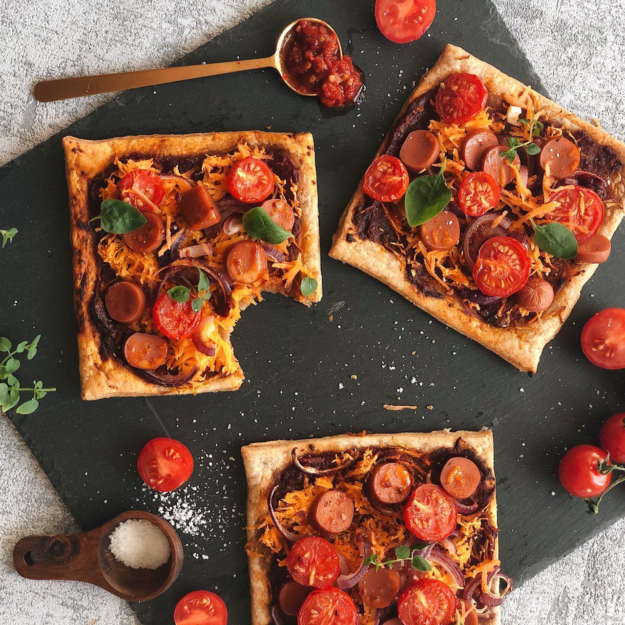 Vegane Blätterteigpizza [Blitzrezept]